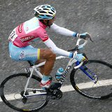 Italy's Vincenzo Nibali climbs during the 146km (91 miles) 15th stage of the Giro d'Italia, from Cesana to Col du Galibier May 19, 2013. REU
