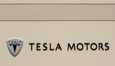 The logo for Tesla Motors is shown at the company headquarters in San Carlos, California June 30, 2008. REUTERS/Robert Galbraith