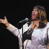 Singer Aretha Franklin performs during a tribute concert to composer Marvin Hamlisch in New York September 18, 2012. REUTERS/Lucas Jackson