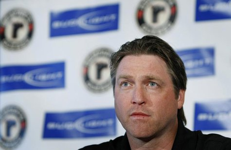 Hall of Fame NHL goalie Patrick Roy listens to a question during a news conference at the Colisee de Quebec in Quebec City, May 27, 2009. RE