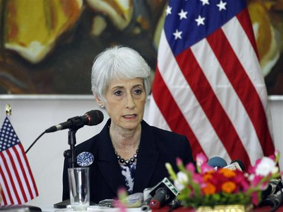 Wendy Sherman, U.S. under secretary of state for political affairs, talks during a news conference in Dhaka May 27, 2013. REUTERS/Andrew Bir