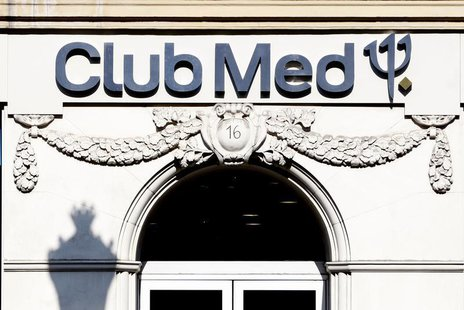 A Club Med travel agency is seen in Paris May 12, 2009. REUTERS/Charles Platiau
