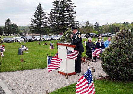 Keynote speaker Physician's Mate George Flynn speaking at Wausau's Memorial Day ceremony, May 27 2013