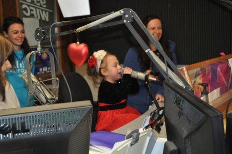 Kayleigh Gurzynski visits WIFC Radio.