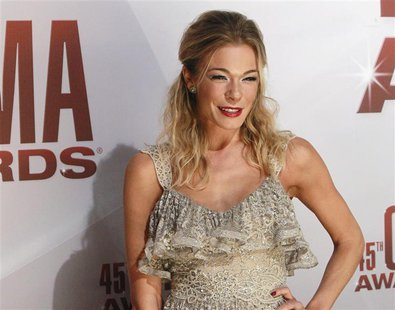 Singer LeAnn Rimes arrives at the 45th Country Music Association Awards in Nashville, Tennessee, November 9, 2011. REUTERS/Harrison McClary