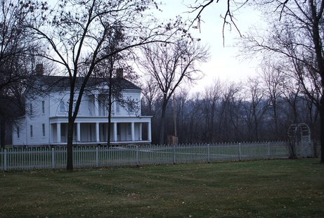 Grignon Mansion in Kaukauna (courtesy of WikiCommons).