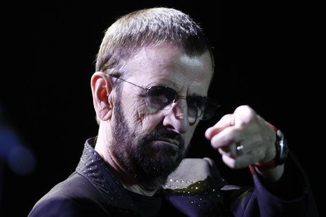 Musician Ringo Starr performs during his concert at the Ulysses Guimaraes Convention Center in Brasilia November 18, 2011. REUTERS/Ueslei Ma