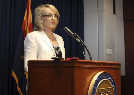 Arizona Governor Jan Brewer addresses the media about the Supreme Court's decision on SB1070 in Phoenix, Arizona, June 25, 2012. REUTERS/Dar