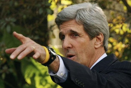 U.S. Senator John Kerry speaks during a news conference in New Delhi February 20, 2008. Kerry is on a one-day official visit to India. REUTE