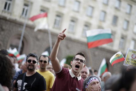 Protesters shout anti-government slogans during a demonstration in central in Sofia June 15, 2013. REUTERS/Stoyan Nenov