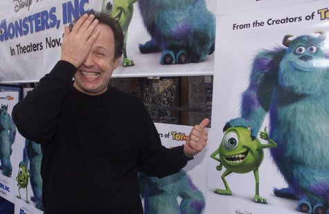 "Actor Billy Crystal, voice talent of character Mike Wazowski in the new computer animated film ""Monsters,Inc."" mimics his characters appeara"