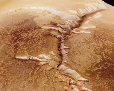 The High-Resolution Stereo Camera (HRSC) on board ESA's Mars Express has returned images of Echus Chasma, one of the largest water source re