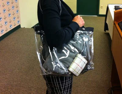 "Example of 12""x6""x12"" transparent bag allowed at Lambeau on game day"