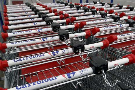 View of shopping trolleys on a parking lot at the Carrefour hypermarket in Rosny sous Bois, east of Paris, April 30, 2013. REUTERS/Charles P