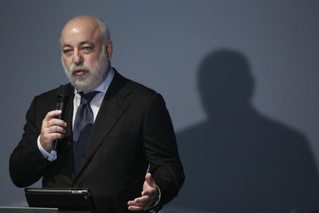 Russian businessman Viktor Vekselberg gestures during a ceremony to mark International Holocaust Remembrance Day at the Jewish Museum and To