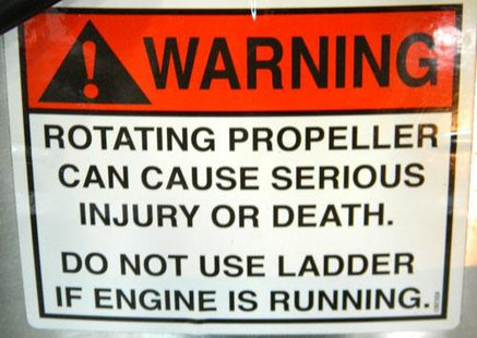 Boat propeller warning label