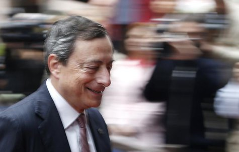 European Central Bank (ECB) President Mario Draghi arrives at a European Union leaders summit in Brussels June 28, 2013. REUTERS/Francois Le