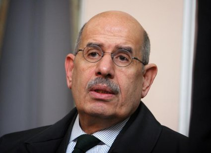 International Atomic Eenergy Agency Director General Mohammed Elbaradei speaks with journalists in Tehran, Iran April 12, 2006. REUTERS/Mort