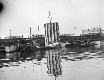 Leif Erickson ship