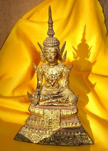 Buddha statue (courtesy of WikiCommons)