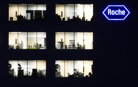 A logo of Swiss pharmaceutical company Roche is pictured at a company's building in Rotkreuz, April 12, 2012. REUTERS/Michael Buholzer