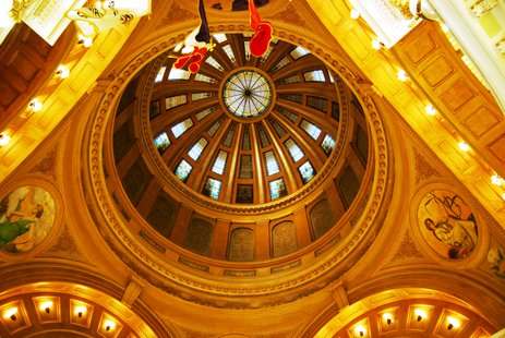 A project to restore the century-old stained glass in the state Capitol will begin on July 29. (Commons.wikimedia.org)
