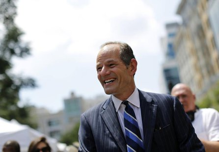 Former New York Governor Eliot Spitzer campaigns in New York, July 8, 2013. REUTERS/Brendan McDermid