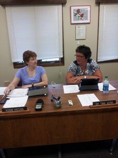 (l-r) Coldwater School Board President Robin Iveson and Superintendent Dr Tina Kerr