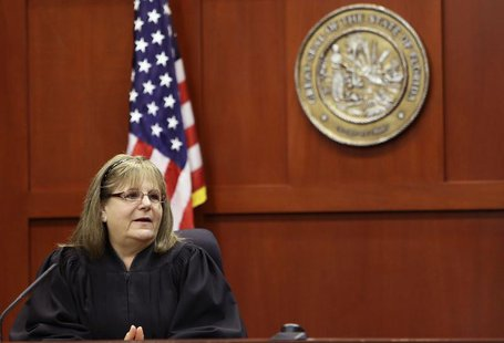 Judge Debra Nelson speaks to the jury before they continued deliberating in Sanford, Florida July 13, 2013 during the trial of George Zimmer