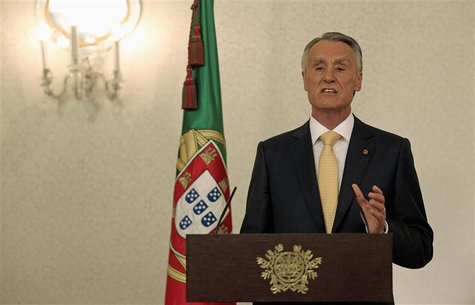 Portugal's President Anibal Cavaco Silva speaks during a news conference at Belem presidential palace in Lisbon July 21, 2013. REUTERS/Jose