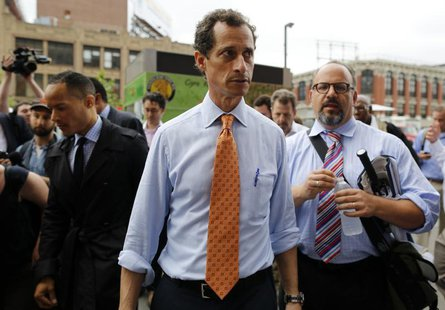 Former U.S. Congressman and New York City mayoral candidate Anthony Weiner arrives at a campaign event in New York, May 23, 2013. REUTERS/Br