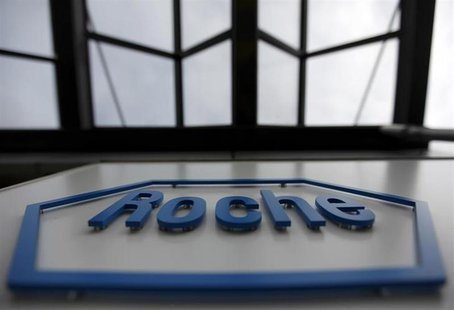 The logo of the Swiss drugmaker Roche is seen on a factory in Burgdorf near Bern, Switzerland in this November 17, 2010 file photo.REUTERS/P
