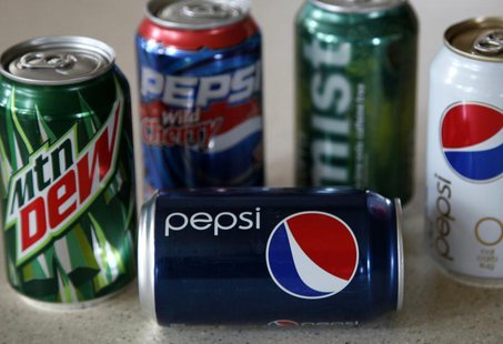 A variety of soft drinks produced by Pepsico are seen on a kitchen counter in Golden, Colorado October 8, 2009. REUTERS/Rick Wilking