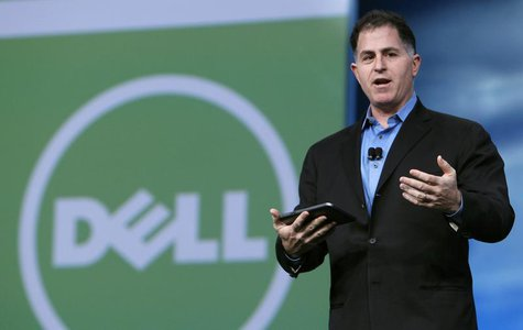 Dell founder and CEO Michael Dell delivers his keynote address at Oracle Open World in San Francisco, California September 22, 2010. REUTERS