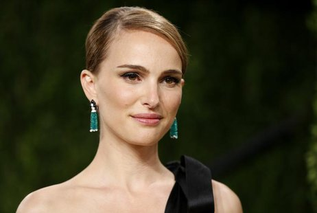 Natalie Portman at the 2013 Vanity Fair Oscars Party in West Hollywood, California February 24, 2013. REUTERS/Danny Moloshok