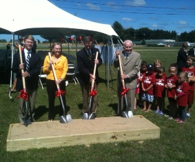 Dr Robert Browne (r) with family members at groundbreaking for aquatic center in Coldwater, MI to bear his name July 24, 2013