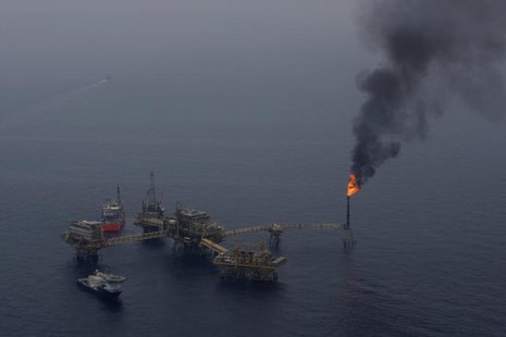 "A fuel burner is seen at Mexico's state-run oil monopoly Pemex platform ""Ku Maloob Zaap"" in the Northeast Marine Region of Pemex Exploration"