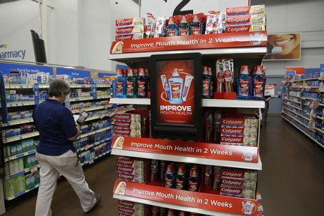 A customer shops at a Walmart Supercenter in Rogers, Arkansas June 6, 2013. REUTERS/Rick Wilking