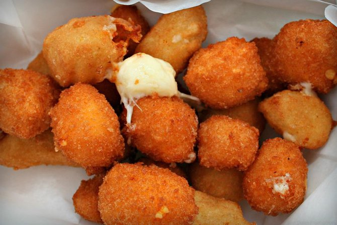Ya gotta do the curds!