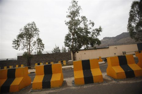 Fortifications are pictured outside the British embassy in Sanaa August 5, 2013. REUTERS/Khaled Abdullah