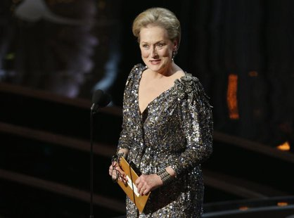 Actress Meryl Streep presents the Oscar for best actor at the 85th Academy Awards in Hollywood, California, February 24, 2013. REUTERS/Mario