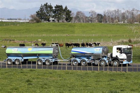 A Fonterra milk tanker arrives to Fonterra's Te Rapa plant near Hamilton August 6, 2013. REUTERS/Nigel Marple