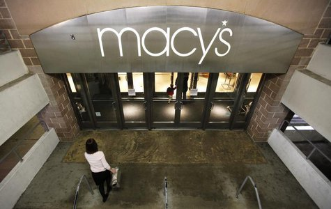 Shoppers enter a Macy's store in Arlington, VA, February 21, 2012. REUTERS/Kevin Lamarque