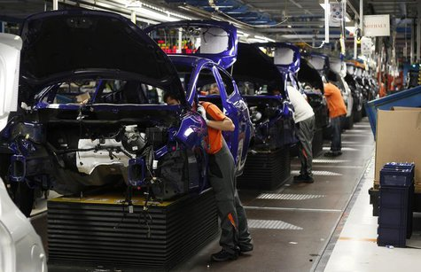 General view of the assembly line of the new Ford Fiesta in Cologne, February 4, 2013. REUTERS/Wolfgang Rattay (GERMANY - Tags: BUSINESS TRA