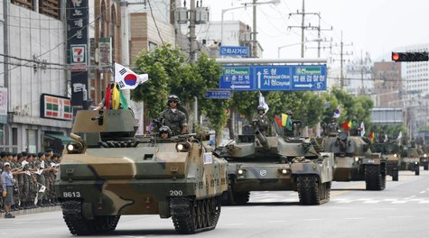 South Korean soldiers attend an annual military parade in Chuncheon, northeast of Seoul June 21, 2013. REUTERS/Lee Jae-Won