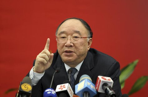 Chongqing mayor Huang Qifan speaks during a news conference in Beijing March 4, 2011. Picture taken March 4, 2011. REUTERS/Stringer