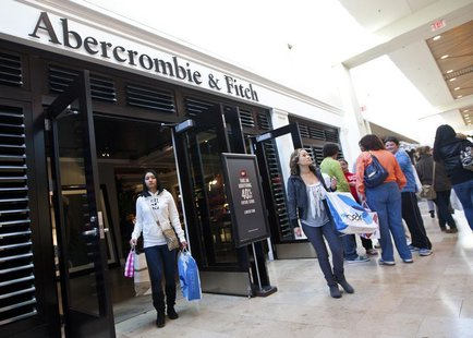 Customers leave an Abercrombie & Fitch store at South Park mall in Charlotte, North Carolina November 25, 2011. REUTERS/Chris Keane
