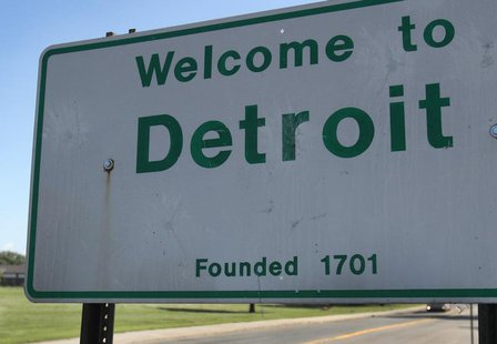 A 'Welcome to Detroit' border sign is seen as traffic enters Detroit, Michigan August 3, 2013. Picture taken August 3, 2013. REUTERS/Rebecca