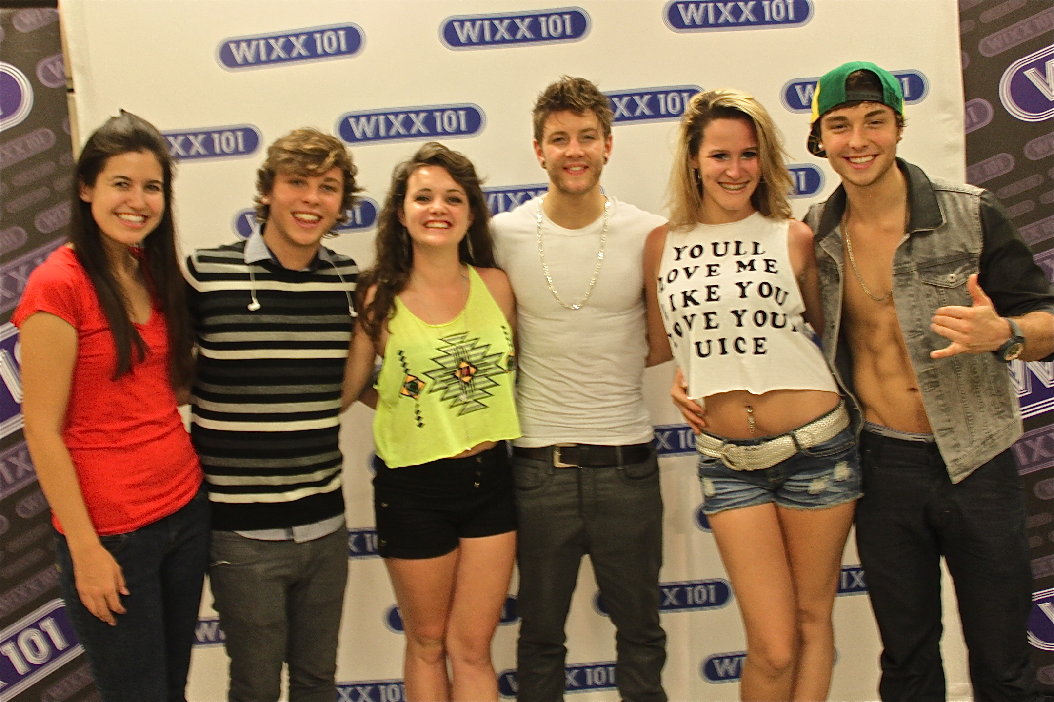 emblem3 meet and greet pictures with chris