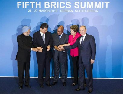 (L-R) Indian Prime Minister Manmohan Singh, Chinese President Xi Jinping, South African President Jacob Zuma, Brazilian President Dilma Rous